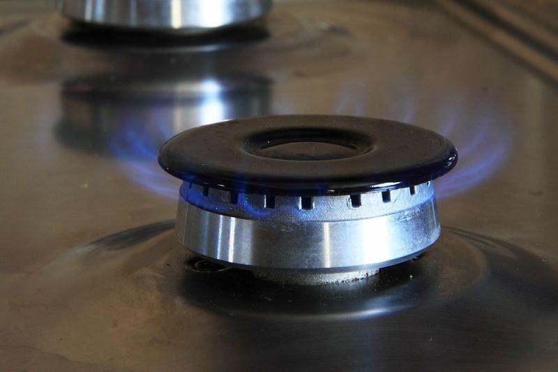 中油公司11日與美商Cheniere正式簽定250億美元的液化天然氣採購合約,將提高從美國進口的油氣比例。圖為示意圖。(圖取自Pixabay圖庫)