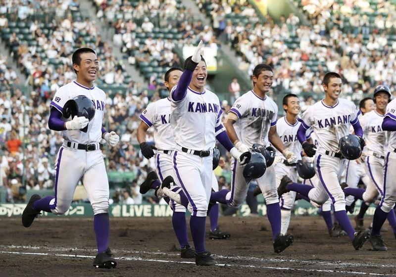 金足農在今夏以「雜草軍團」之姿挑戰棒球名校,於俗稱夏季甲子園的日本全國高中棒球錦標賽中,寫下振奮人心的一頁傳奇。(檔案照片/共同社提供)