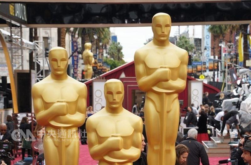 因8月宣布明年將增設「最受歡迎電影獎」引發影界反彈,奧斯卡金像獎主辦單位6日發布聲明撤回決定。(中央社檔案照片)