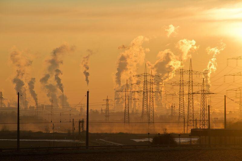 歐洲審計院11日公布報告指出,歐盟國家多未能達到設定的空氣品質標準,每天逾1000人因此提早死亡。圖為示意圖。(圖取自Pixabay圖庫)