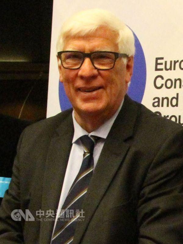 歐洲議會12日舉行全會,會中表決通過由荷蘭籍議員貝柏士主筆的「歐中關係」報告,在中國升高打壓台灣之際,報告內文以前有未有的強烈文字指責中國、支持台灣。(中央社檔案照片)