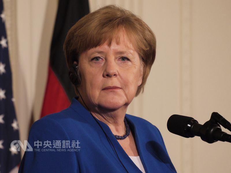 德國總理梅克爾日前警告,基礎建設接受中國援助的國家,在面對中國時應守住歐盟的外交立場。(中央社檔案照片)