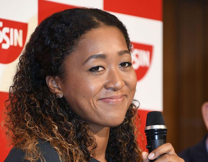 日本20歲網壇新星大坂直美9日在美網女單決賽以6比2、6比4擊敗美國名將小威廉絲,成為首位奪得大滿貫冠軍的日本選手。(共同社提供)