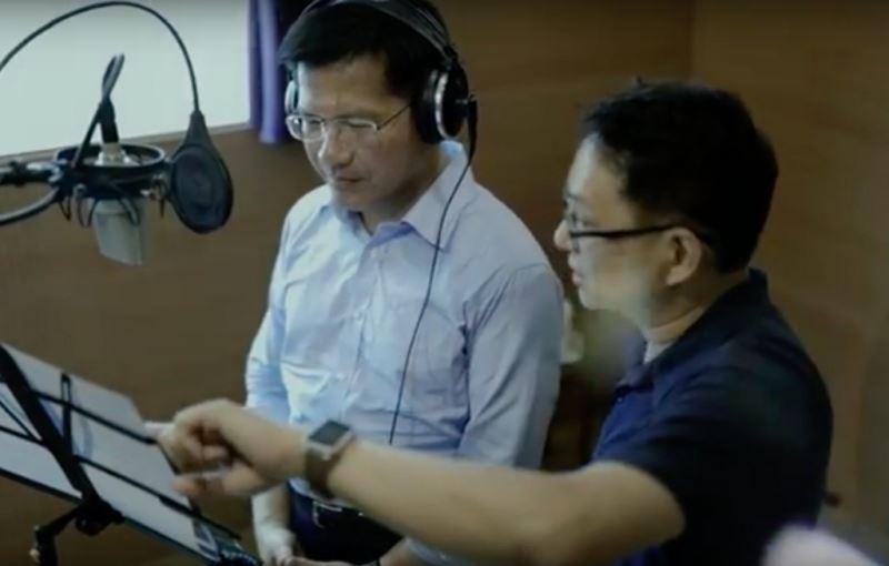 尋求連任的台中市長林佳龍(左)15日正式成立競選總 部,並在總部開幕茶會中同步公布競選主題曲「幸福做 陣」。 (林佳龍競選總部提供) 中央社記者趙麗妍傳真 107年9月15日