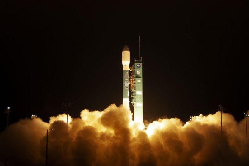 耗資10億美元的最先進太空雷射衛星「冰雲和地面高度衛星2號」(ICESat-2),15日自加州發射升空。(圖取自NASA網頁www.nasa.gov)