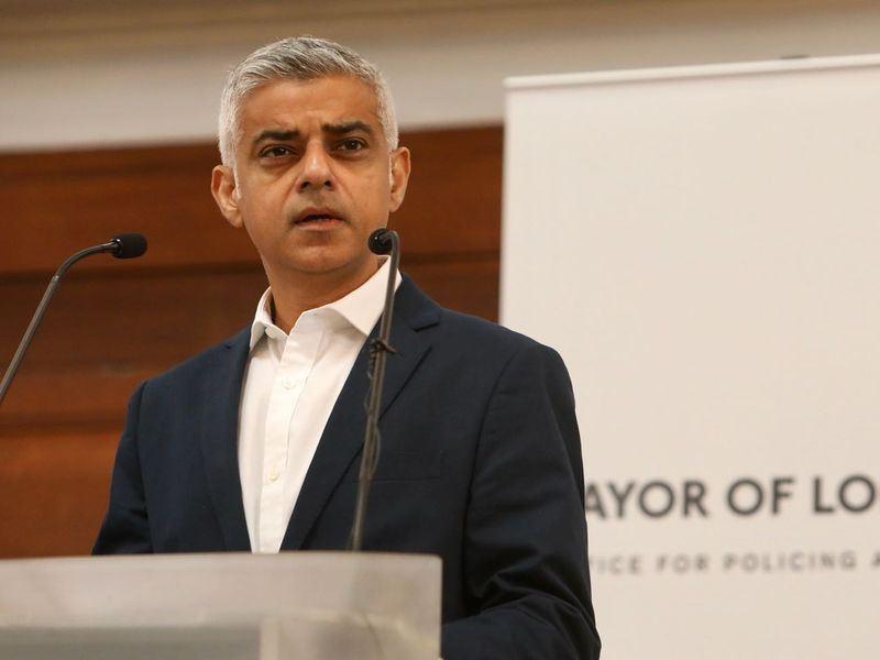 倫敦市長沙迪克汗批評政府在談判脫歐上辦事不力,主張讓人民有再次表示意見的機會是英國唯一正確的道路。(圖取自沙迪克汗臉書facebook.com/sadiqforlondon)