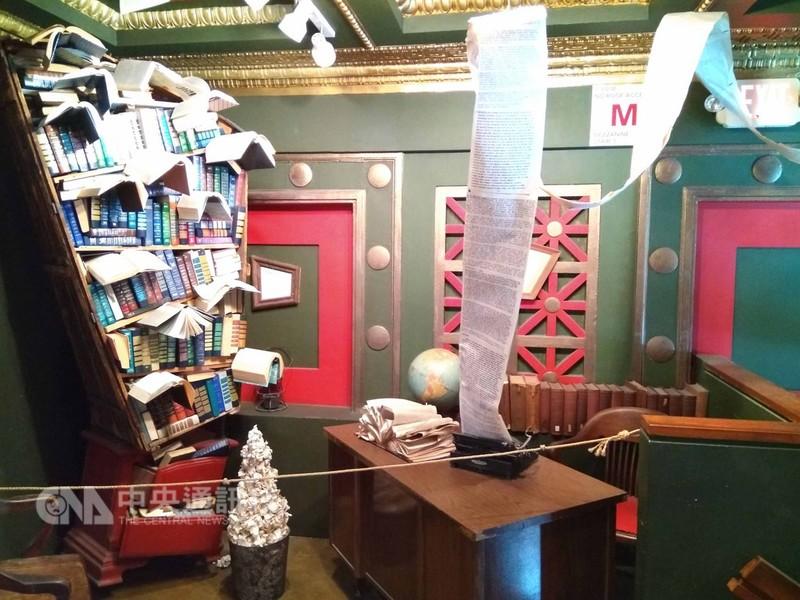 「最後的書店」店東史賓塞構思書店空間設計,有個相似電影「哈利波特」裡才有的書櫃。中央社記者曹宇帆洛杉磯攝  107年9月20日
