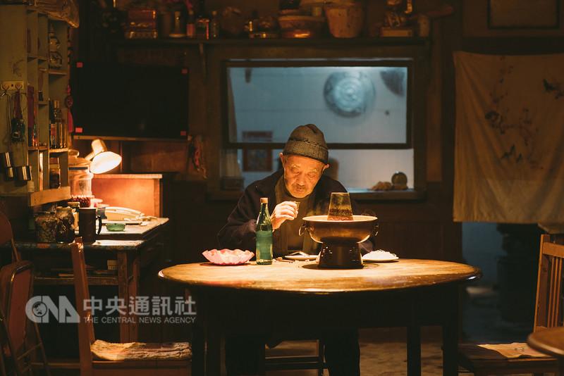 導演田壯壯(圖)跨足演員身分,在劉若英執導的「後來的我們」演活「暖爸」形象,入圍今年金馬獎最佳男配角。(甲上提供)中央社記者江佩凌傳真 107年11月13日
