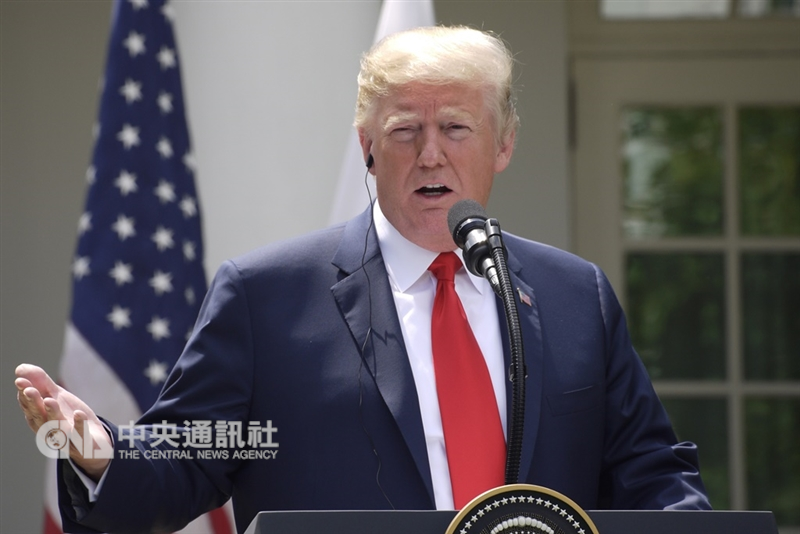 美媒報導,美國總統川普(圖)近來多次批評聯準會主席鮑爾,指責他應該為市場10月份的混亂形勢負責。(中央社檔案照片)