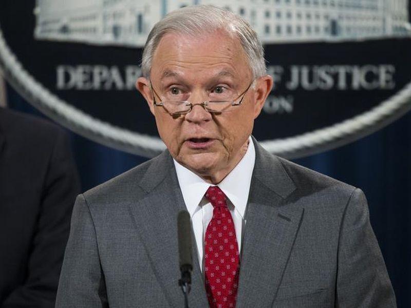 川普開除司法部長塞申斯