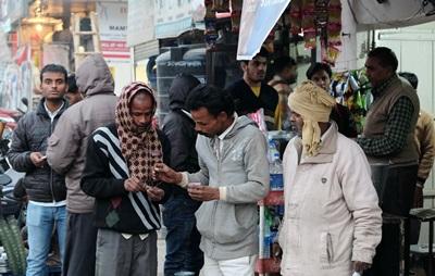 印度人愛悠哉地喝茶過日子,經常遲到是正常。