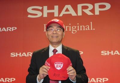 去年12月上旬,戴正吳帶領夏普,在東京證券交易所敲鐘慶祝夏普由東證二部重返東證一部。圖為戴正吳去年底在台北出席活動。