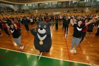 小綠綠跟熊讚齊跳世大運運動操