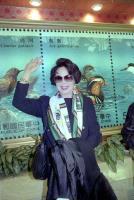 李麗華於民國82年返回香港