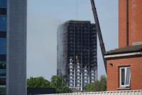 倫敦公寓大樓格蘭菲塔火警