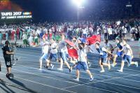 世大運閉幕式 阿根廷選手與中華民國國旗共舞