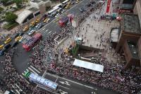 台灣英雄遊行 民眾聚集為選手喝采