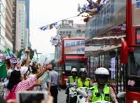 台灣英雄大遊行 民眾大力比讚支持