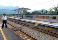 到不了的火車站(2)