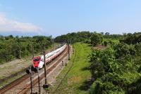 尋祕境搶角度 追火車拍美照樂在其中(2)
