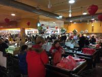 暴風雪預計4日籠罩美東 超市湧現人潮