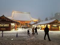 東京大雪 白雪覆蓋淺草寺屋頂