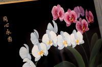 總統訪史瓦濟蘭 致贈蘭花漆畫