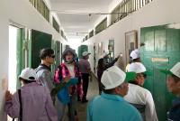 民眾觀看政治犯坐牢生活情形(2)