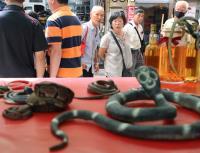 華西街夜市漸凋零 亞洲蛇肉店熄燈轉型