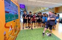 機場體驗世足熱 免稅店邀旅客感受足球魅力