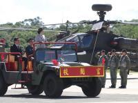 AH-64E直升机成军  蔡总统校阅部队(2)