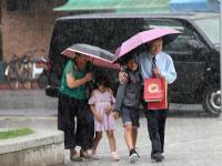 颱風環流搭上對流雲系 17縣市大雨特報