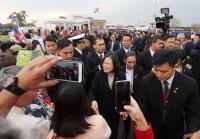 蔡總統抵巴拉圭 僑胞歡迎