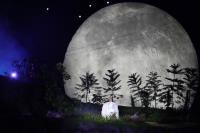亞運開幕式 造型舞台營造山間夜色風情