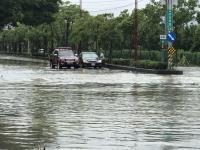嘉義大雨道路積水(2)