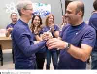 Apple Watch傳能測血糖 庫克親體驗