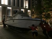 史上第ㄧ次 奧莫爾遊艇挺進會場門口 慶賀圓滿