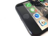 iPhone主按鍵 傳液態金屬冒出頭