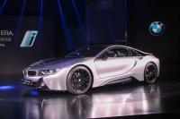 油電跑車再一發 BMW i8雙車型在台上市