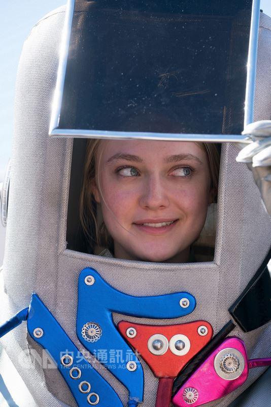 美國女星達柯塔.芬妮(Dakota Fanning)在新片「溫蒂的幸福劇本」飾演一名自閉症女孩,也是「星際爭霸戰」粉絲,為此還特別苦練克林貢語。(威視電影提供)中央社記者鄭景雯傳真 107年3月6日