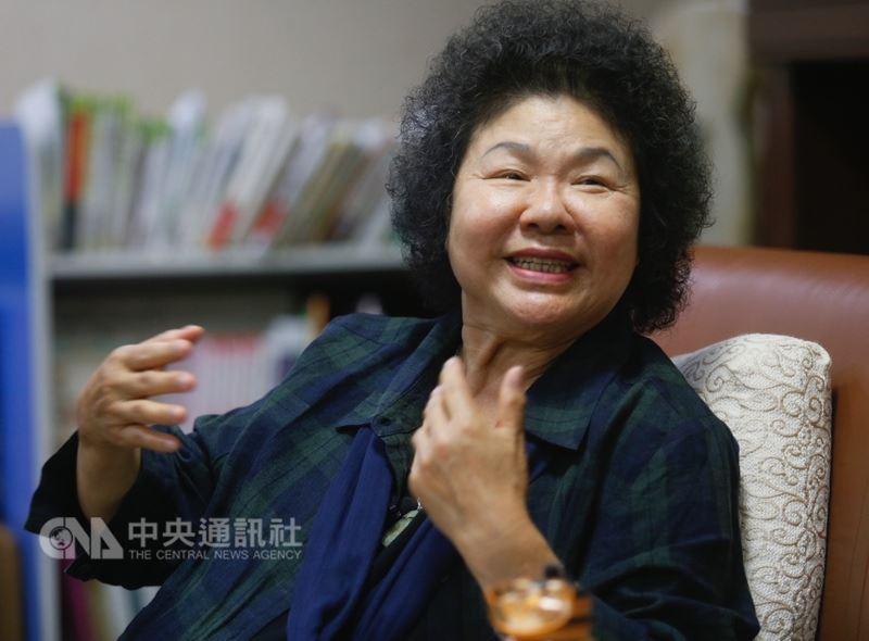 媒體報導高雄市長陳菊結束訪美行程後可能就會接任總統府秘書長職務,她13日重申「還沒討論」。(中央社檔案照片)