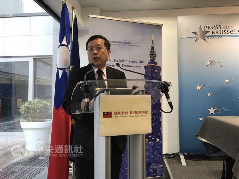 主責法律業務的陸委會副主委張天欽將轉任促轉會。(中央社檔案照片)