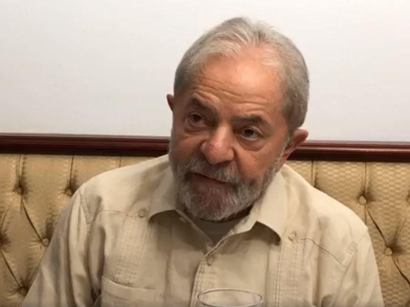 曾於2003至2010年執政的巴西前總統魯拉堅稱,他是遭政治汙染司法體系的受害人,對他的迫害是為了阻撓他參與10月舉行的總統大選。(圖取自Lula臉書粉絲專頁www.facebook.com/Lula)