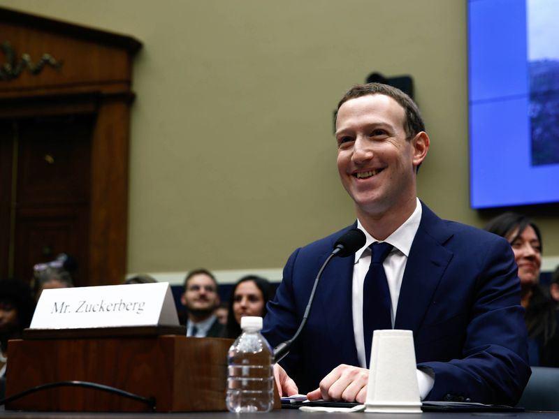 為了臉書個資外洩事件,創辦人祖克柏連兩天赴國會作證。(安納杜魯新聞社提供)
