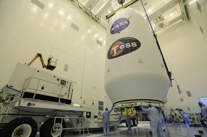 為檢驗獵鷹9號火箭的導航系統,原定16日升空、國家航空暨太空總署新的系外行星探測器將延後發射。(圖取自NASA網頁www.nasa.gov)