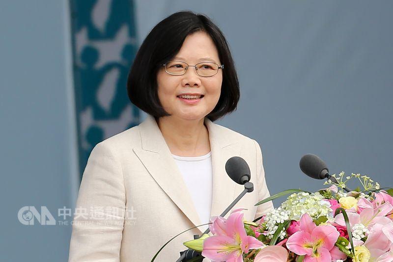 總統蔡英文就職兩週年之際,台灣有哪些改變?中央社整理相關數據,從具體數字看出變化的端倪。(中央社檔案照片)
