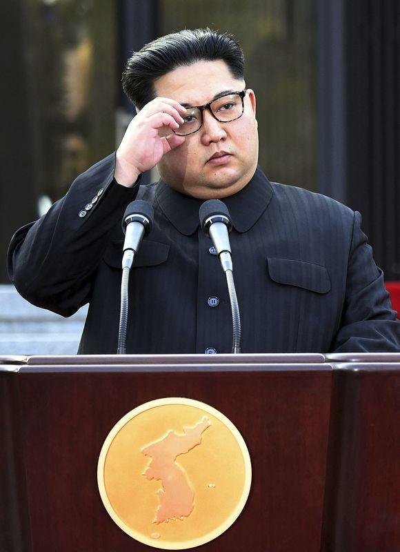 北韓外交部次長金桂冠16日透過官方通訊社發布聲明說,美國如果繼續要求平壤單方面放棄核武,北韓就得重新考慮是否接受即將到來的「川金會」。圖為北韓領導人金正恩。(南北韓峰會共同採訪團提供)