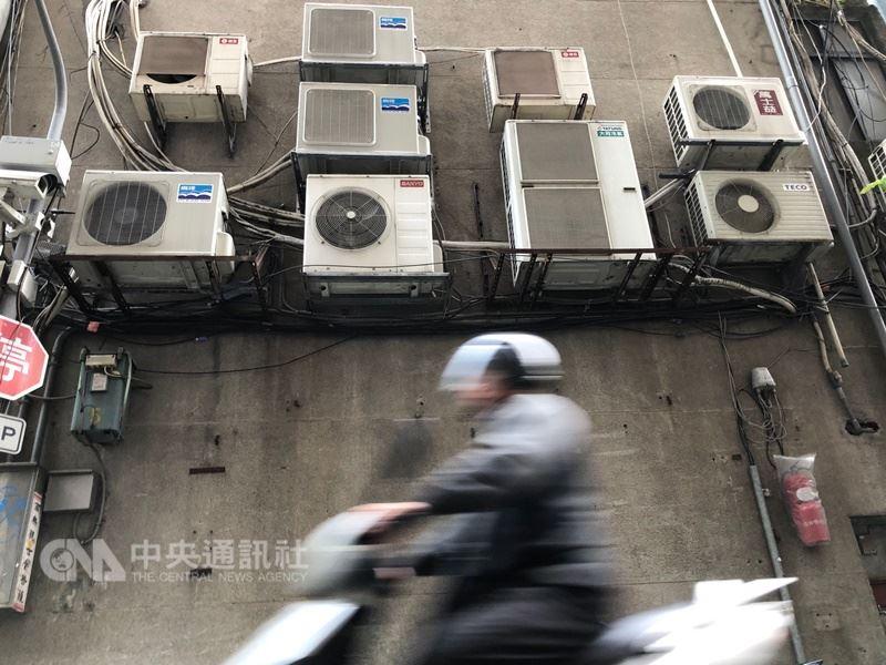 台電表示,17日最高用電量在下午1時50分達到3460萬瓩,創下歷年5月份用電量新高。(中央社檔案照片)