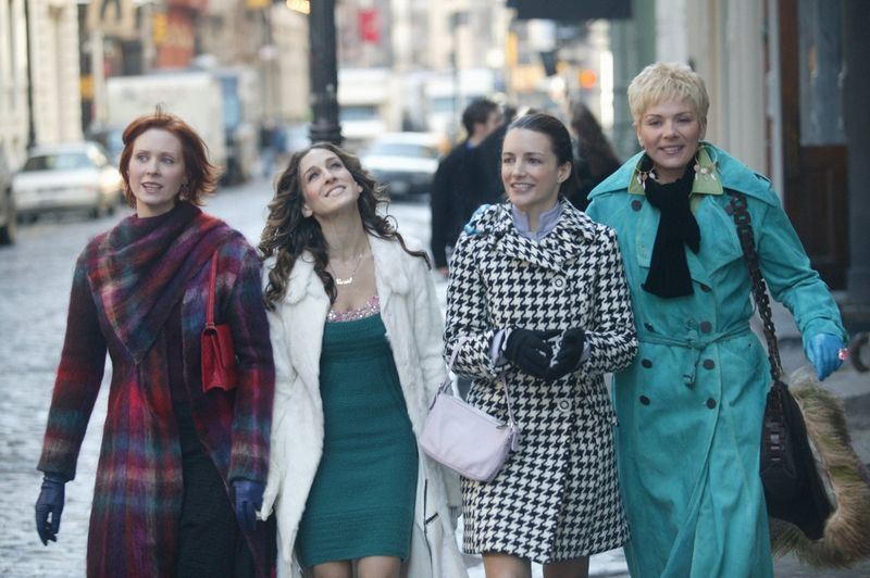 20年前的6月6日,美國電視影集「慾望城市」首播,捧紅4位女主角。(圖取自慾望城市臉書facebook.com/sexandthecity)