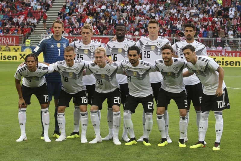 英國媒體「每日鏡報」為2018世界盃足球賽32支球隊進行實力分析與排名,衛冕軍德國高居第一。(達志提供)